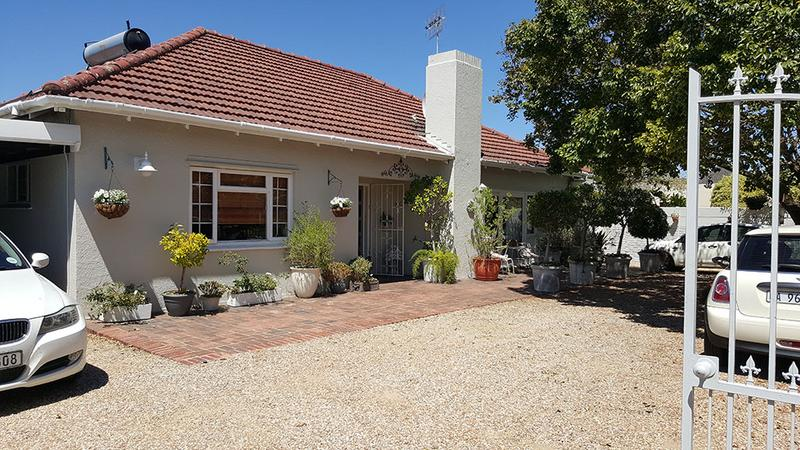 Property For Sale in Pinelands, Cape Town 2