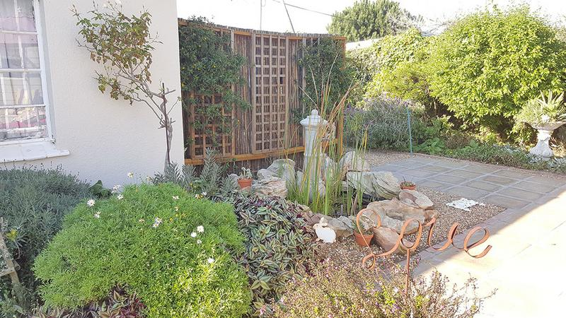 Property For Sale in Pinelands, Cape Town 7